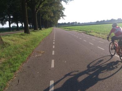 2014-07-23 Haderslev-Paris, 2. etappe i Nederland - Snart i Belgia.