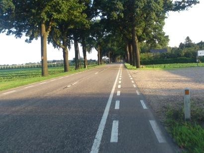 2014-07-23 Haderslev-Paris, 2. etappe i Belgia - Beine veien.