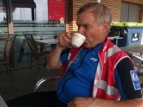 2014-07-2 Haderslev-Paris, 3. etappe i Belgia - Formiddagskaffe.