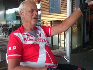 2014-07-24 Haderslev-Paris, 3. etappe i Belgia - Formiddagskaffe.
