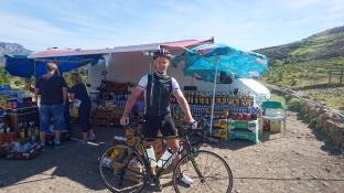 En kort pause på GC605 på vei mot Ayacata. Godt med en liten forfriskning.